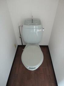 コーポ360 101号室のトイレ
