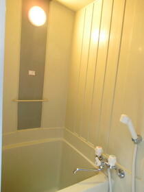 ミサハイツ 2D号室の風呂