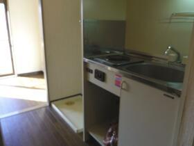ダイアパレスステーションプラザ都賀 205号室のキッチン
