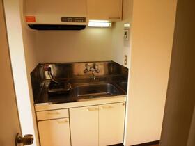 杉本ビル 403号室のキッチン