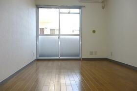 スカイコート戸塚 310号室のベッドルーム