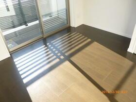 ラフィスタ横浜吉野町 204号室のバルコニー