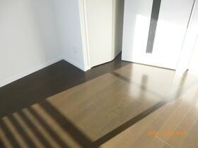 ラフィスタ横浜吉野町 204号室のベッドルーム