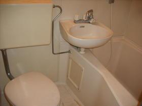 メゾン3番館 105号室の風呂