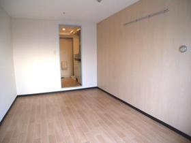 パンシオン南浦和No.1 302号室のリビング