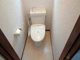 AP上石神井 101号室のトイレ