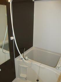 グローリア菊名 104号室の風呂