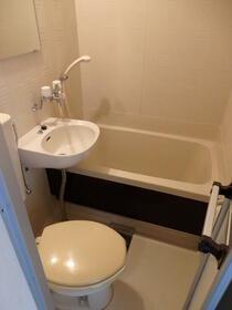 クレスパット大岡第5 202号室の風呂