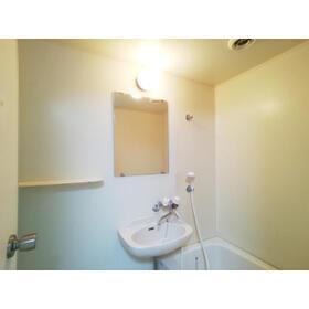 ヴィラミツキⅤ 102号室の洗面所