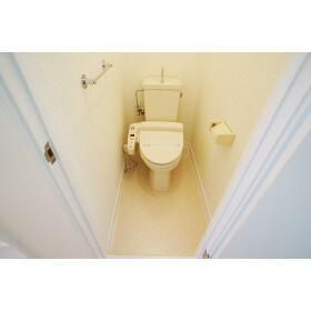 グリーンハイツ伍番館 303号室のトイレ