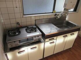 中道ハイツ 201号室のキッチン