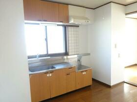 マンションブライト B 303号室の風呂