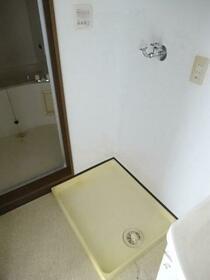 マンションブライト B 303号室の居室