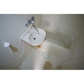 レガーロ横濱 302号室の風呂