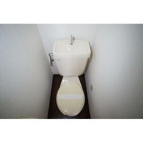 レガーロ横濱 302号室のトイレ