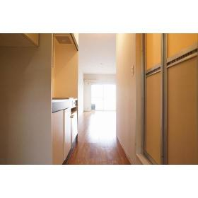 パティオ大岡 103号室の玄関