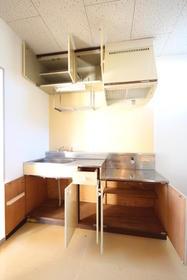 渋沢コーポ 202号室のキッチン