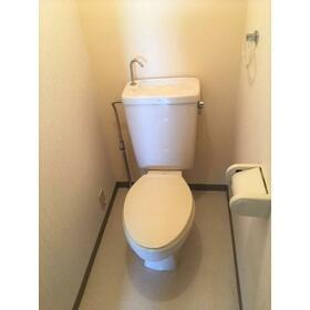 コージコート 205号室のトイレ