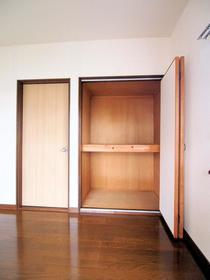 サンワハイツ 5号棟 201号室の収納