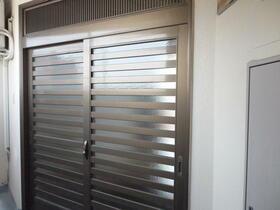 山崎ビル 3C号室の玄関