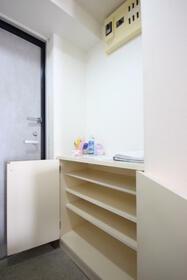 YAMASUマンション砂原 202号室の収納