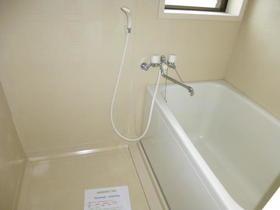 磯貝アパート 101号室の風呂