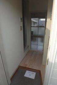 フルート元町 202号室の洗面所