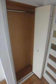 フルート元町 202号室の収納