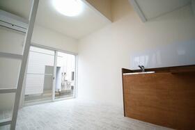 アヴァンメゾン真鍋 8号棟 1R号室の風呂