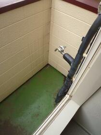 コーポ中川B 201号室のバルコニー