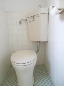 鈴木荘 102 102号室のトイレ