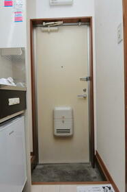 サンヒルズ赤塚 0105号室の玄関