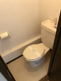 シティハイム アーバンハウスA 202号室のトイレ