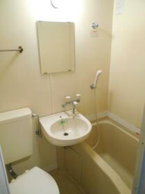 マ・メゾン津田沼 0103号室の風呂