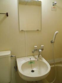 マ・メゾン津田沼 0103号室の洗面所