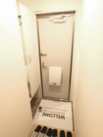 サンビレッジ戸祭 B 203号室の玄関
