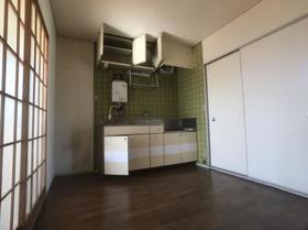 ドリームハイツ澤 2号棟 211号室のキッチン