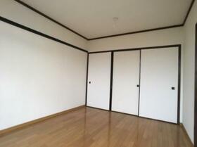 ドリームハイツ澤 3号棟 303号室の居室