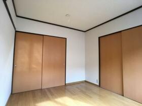 ドリームハイツ澤 5号棟 502号室のベッドルーム