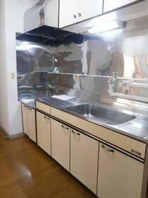 上総ビル 203号室のキッチン