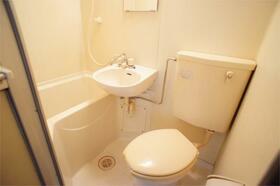 パークタウン安中IV 612号室のトイレ