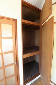 スターハイツ 202号室の収納