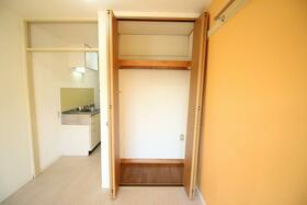 ヒロ大巌寺 205号室の収納