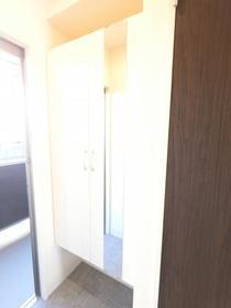 Grant・Ⅰ 106号室の玄関