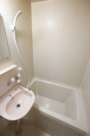 あじさいロード2 106号室の風呂