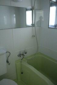 グリーントップ 102号室の風呂