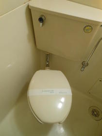 小川ビル 505 505号室のトイレ