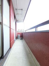 コーポプラント 002C号室のバルコニー