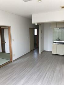 ジョリメゾン 0302号室のキッチン