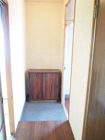 太陽ガーデン101棟 206号室の玄関